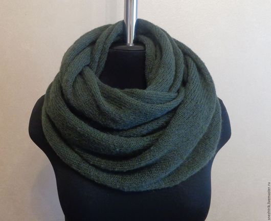 Шали, палантины ручной работы. Ярмарка Мастеров - ручная работа. Купить Снуд-шарф из итальянского мохера Болотный. Handmade. хомут