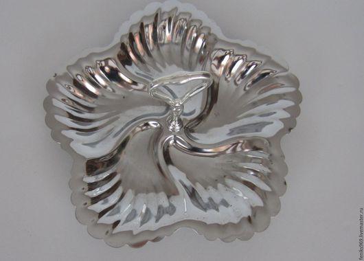 Винтажная посуда. Ярмарка Мастеров - ручная работа. Купить Менажница, серебрение.. Handmade. Серебряный, винтажный подарок, блюдо для конфет