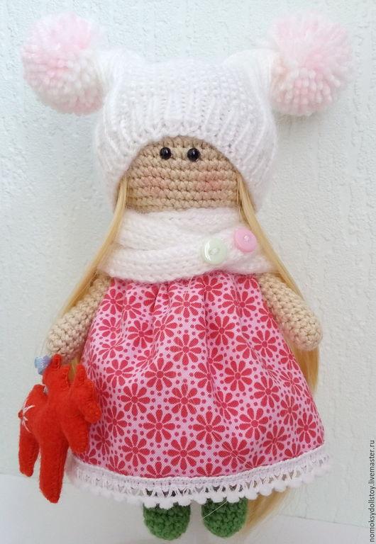 Человечки ручной работы. Ярмарка Мастеров - ручная работа. Купить Вязаная кукла - Снежечка. Handmade. Крючком, игрушка для детей, куколка