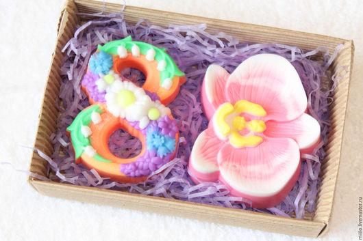 Мыло ручной работы. Ярмарка Мастеров - ручная работа. Купить Подарочный набор мыла на 8 марта. Handmade. Разноцветный