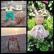 Куклы и пупсы ручной работы. Ярмарка Мастеров - ручная работа Куклы: Текстильная кукла с двумя комплектами одежды.. Handmade.