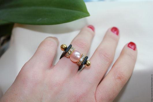 Кольца ручной работы. Ярмарка Мастеров - ручная работа. Купить кольцо Блеск. Handmade. Бледно-розовый, кольцо в подарок
