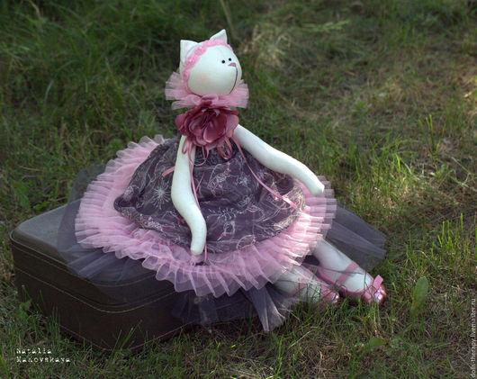 """Игрушки животные, ручной работы. Ярмарка Мастеров - ручная работа. Купить Кошка-балерина """"Инфанта в розовом"""". Handmade. Розовый, шёлк"""