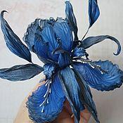 """Украшения ручной работы. Ярмарка Мастеров - ручная работа Брошь-ирис """"Blue"""". Цветы из шелка, цветы из ткани.. Handmade."""