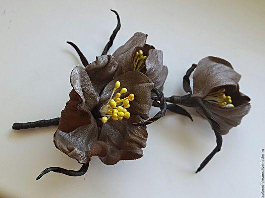 """Броши ручной работы. Ярмарка Мастеров - ручная работа. Купить цветы из кожи, брошь """"Степные цветы"""". Handmade. Коричневый, украшение"""