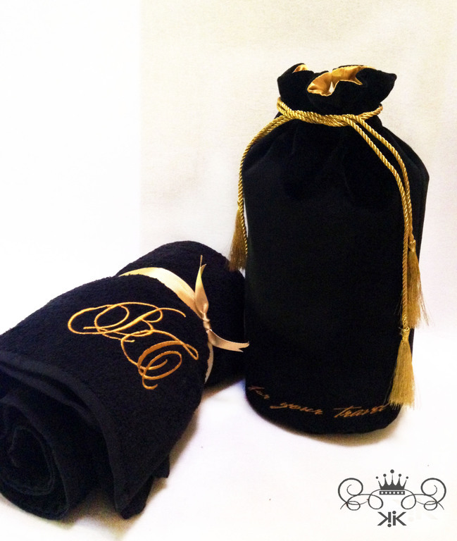 Set a Bag of velvet towel and bath towel with embroidery, , Moscow,  Фото №1