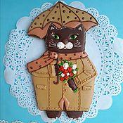 Сувениры и подарки handmade. Livemaster - original item Gingerbread cat with a bouquet of roses under the umbrella. The carrot on March 8,. Handmade.
