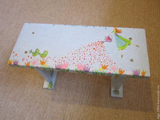 """Мебель ручной работы. Ярмарка Мастеров - ручная работа. Купить Скамеечка """"Принцесса с лейкой"""". Handmade. Голубой, цветы, сердца, табуретка"""