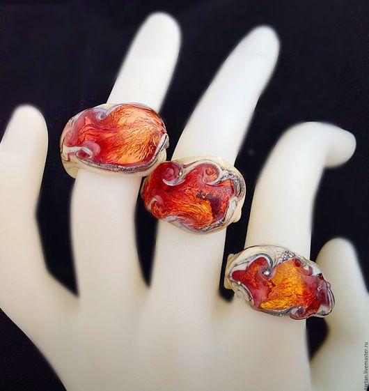 Кольца лэмпворк можно выбрать 1 из 3  Купить кольцо лэмпворк