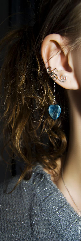 """Каффы ручной работы. Ярмарка Мастеров - ручная работа. Купить Кафф """"Сердце Ночи"""" (перламутровые серьги темно-синие, синий цвет). Handmade."""