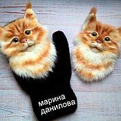 Аксессуары handmade. Livemaster - original item Mittens: Suroweicki cats. Handmade.