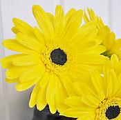 Цветы и флористика ручной работы. Ярмарка Мастеров - ручная работа Желтые герберы для вазы. Handmade.