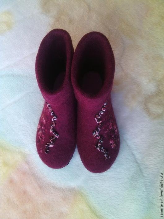 """Обувь ручной работы. Ярмарка Мастеров - ручная работа. Купить Валеночки домашние """"Serenada"""". Handmade. Бордовый, тапки, женские тапочки"""