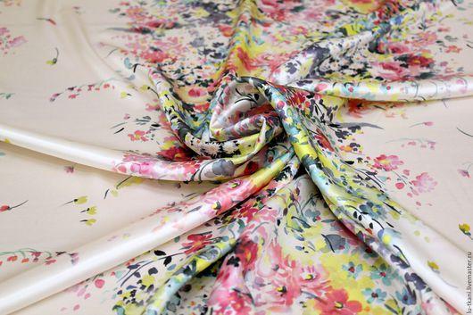 Шитье ручной работы. Ярмарка Мастеров - ручная работа. Купить Итальянский шелк. Handmade. Бежевый, мелкие цветочки, шелковая блузка