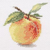"""Картины и панно ручной работы. Ярмарка Мастеров - ручная работа Вышивка """"Персик"""" (готовая работа). Handmade."""