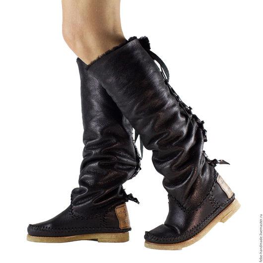 Обувь ручной работы. Ярмарка Мастеров - ручная работа. Купить Высокие зимние сапоги-ботфорты  LACCIO. Handmade. Черный