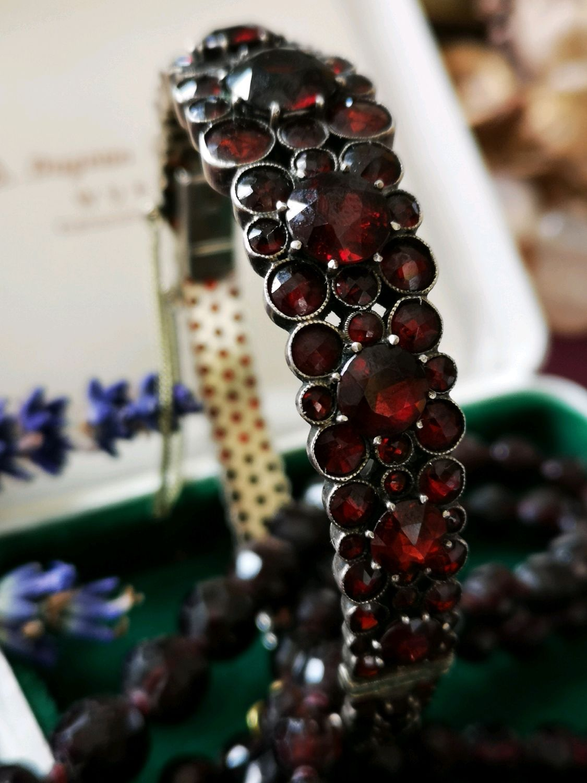 Винтаж: Восхитительный старинный браслет с гранатами начала 20вв размер 21 смв, Винтажные браслеты, Геттинген, Фото №1