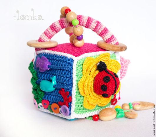 Развивающие игрушки ручной работы. Ярмарка Мастеров - ручная работа. Купить Малый развивающий кубик. Handmade. Разноцветный, игрушка для малыша