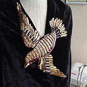 Украшения ручной работы. Ярмарка Мастеров - ручная работа Вышивка-аппликация по мотивам птичек Gucci. Handmade.
