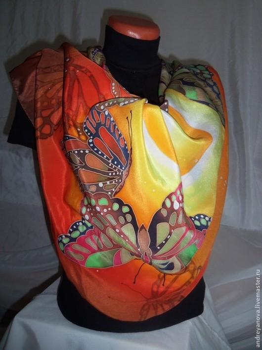 Шарфы и шарфики ручной работы. Ярмарка Мастеров - ручная работа. Купить Платок-батик Бабочки летают...... Handmade. Бежевый