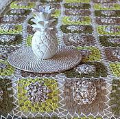 Пледы ручной работы. Ярмарка Мастеров - ручная работа Вязанное крючком покрывало с тканевыми вставками. Handmade.