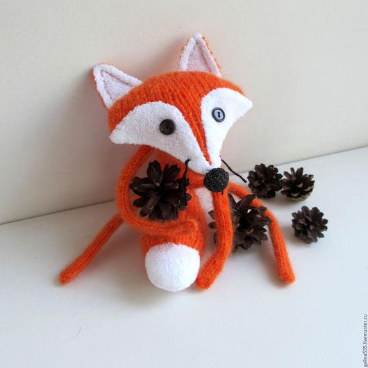 Лиса ручной работы. Ярмарка мастеров - ручная работа. Купить вязаную рыжую лису. Handmade. Лисичка вязаная. Вязаная лиса игрушка. Лисичка сестричка. Лисичка длинные лапки. Рыжая лисица.