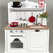 Игрушки ручной работы. Ярмарка Мастеров - ручная работа Игрушки: Детская деревянная кухня. Handmade.