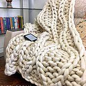 Пледы ручной работы. Ярмарка Мастеров - ручная работа Плед крупной вязки, плед из толстой пряжи мериноса, плед из мериноса. Handmade.