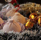 Косметика ручной работы. Ярмарка Мастеров - ручная работа Бомбочки для ванн Новогодние. Handmade.