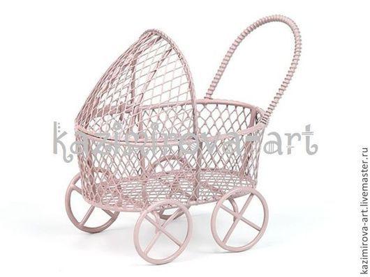 Куклы и игрушки ручной работы. Ярмарка Мастеров - ручная работа. Купить Металлическая колясочка голубая и розовая 8х7х5см. Handmade. Разноцветный