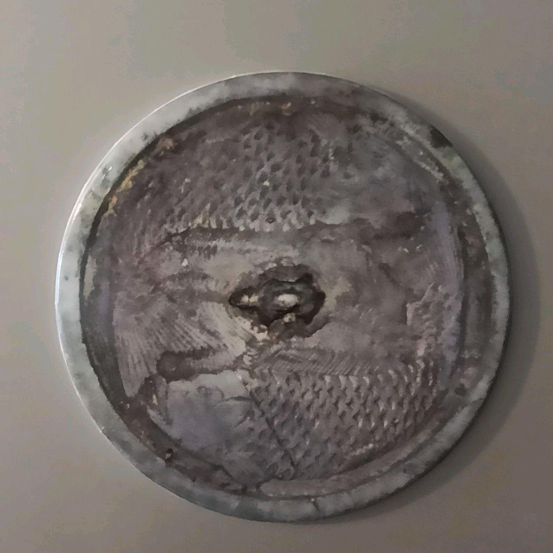 Магнит в виде древнего китайского зеркала с изображением двух карпов, Магниты, Екатеринбург,  Фото №1