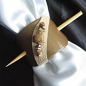 Украшения ручной работы. Ярмарка Мастеров - ручная работа Заколка из натуральной кожи с яшмой мукаит. Handmade.