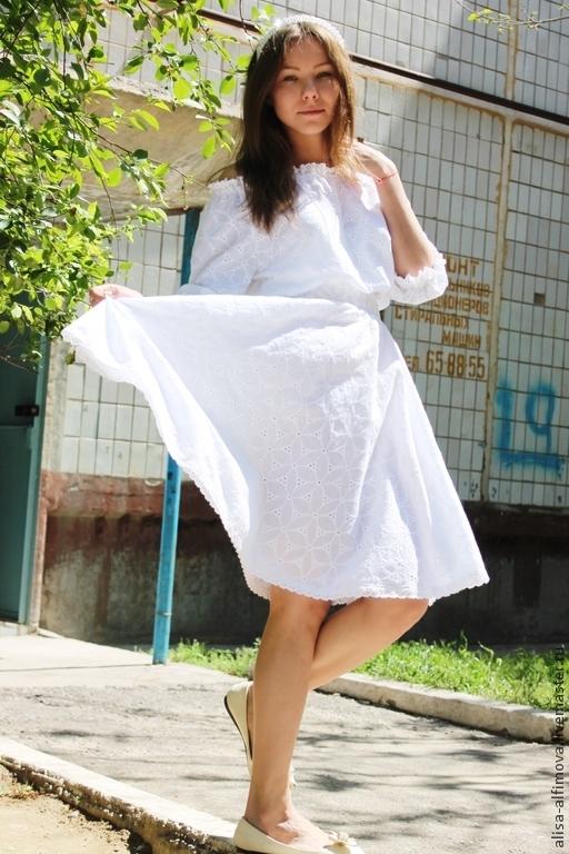 """Платья ручной работы. Ярмарка Мастеров - ручная работа. Купить Летнее платье-миди """"Роскошь лета"""" с кружевом. Handmade. Белый"""