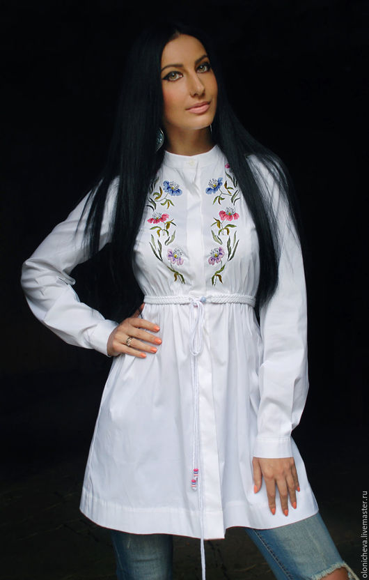 """Блузки ручной работы. Ярмарка Мастеров - ручная работа. Купить Романтичная белая блуза-туника """"Нежные лютики"""" с ручной вышивкой. Handmade."""