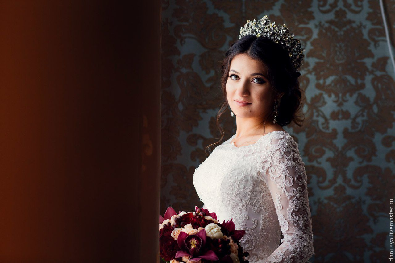 кусок показать корона для невесты фото был своего рода