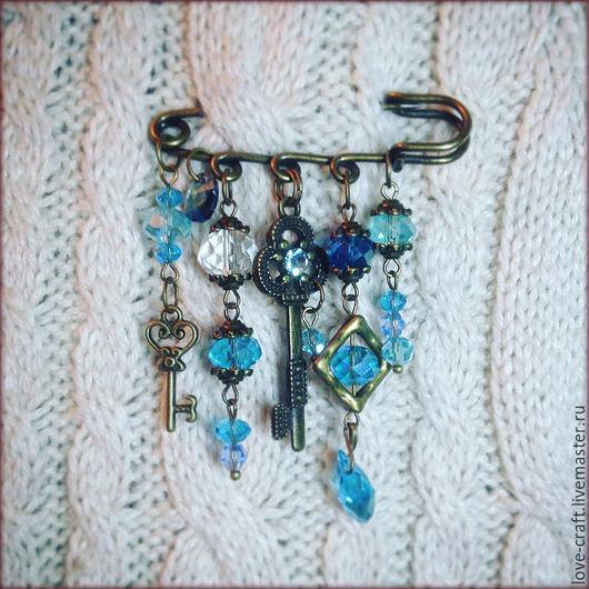 """Броши ручной работы. Ярмарка Мастеров - ручная работа. Купить брошь-булавка """"Ключи от неба"""". Handmade. Синий, винтажный стиль"""