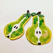 """Картины и панно ручной работы. Ярмарка Мастеров - ручная работа """"Сочные груши"""" панно керамическое настенное со стеклом (поколение 2). Handmade."""