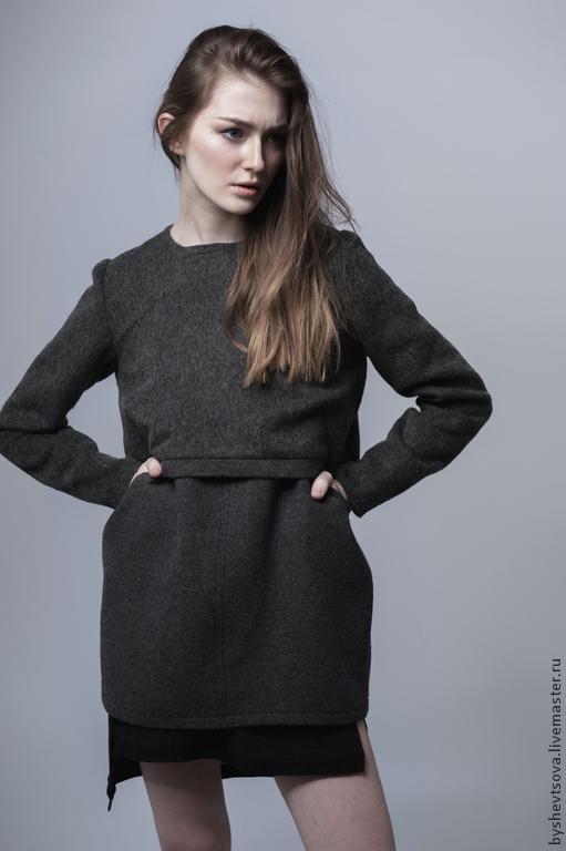 clothes @byshevtsova   photo Катя Квасова @kvasovakatya MUAH  Лилия Польская @liliyapolskaya model Ольга Тагинцева(komaroffmodels)  сарафан #026 туника #025 свитшот #023