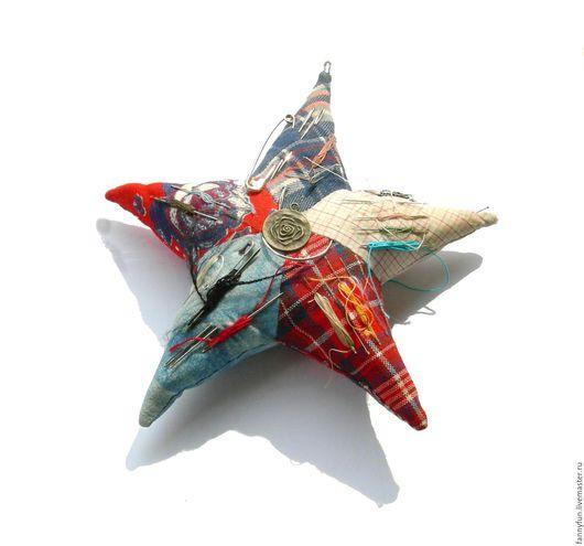 Персональные подарки ручной работы. Ярмарка Мастеров - ручная работа. Купить Игольница - морская звезда, пэчворк, из лоскутков, 21 см. Handmade.