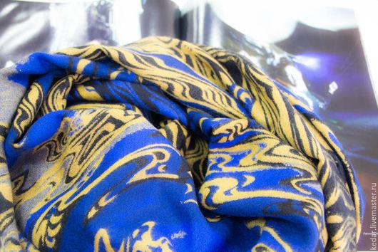"""Шали, палантины ручной работы. Ярмарка Мастеров - ручная работа. Купить Кашемировый палантин Dimin  """"Водоворот"""" синий. Handmade."""