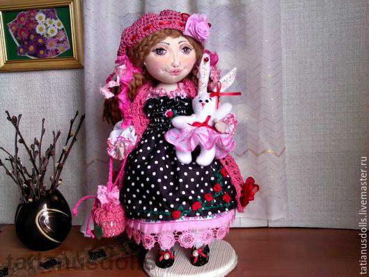Коллекционные куклы ручной работы. Ярмарка Мастеров - ручная работа. Купить Кукла интерьерная текстильная Вероника в платье в горошек. Handmade.
