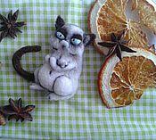 """Украшения ручной работы. Ярмарка Мастеров - ручная работа Брошь """"Сердитый кот"""" (grumpy cat). Handmade."""
