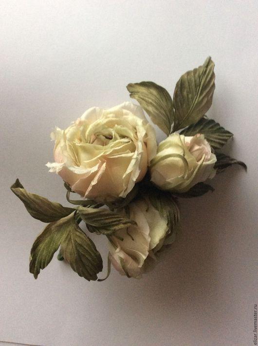 Броши ручной работы. Ярмарка Мастеров - ручная работа. Купить Букетик роз. Handmade. Бежевый, роза ручной работы