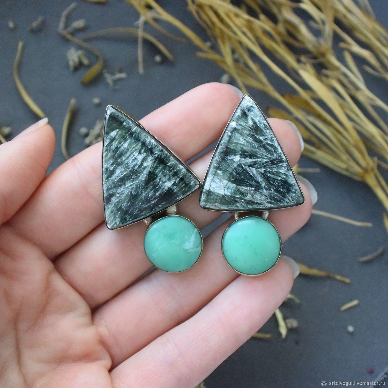 Stud earrings with seraphinite and chrysoprase, Stud earrings, Nizhnij Tagil,  Фото №1