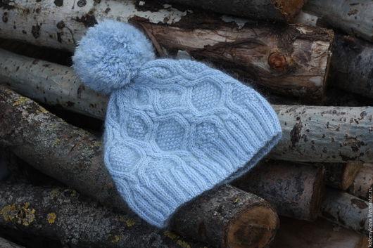Шапки ручной работы. Ярмарка Мастеров - ручная работа. Купить Вязаная шапка шапочка серая голубая с меховым помпоном. Handmade.