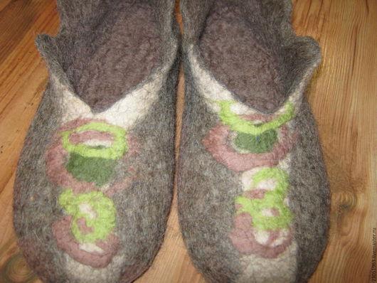 Обувь ручной работы. Ярмарка Мастеров - ручная работа. Купить Тапочки из шерсти. Handmade. Коричневый, подарок на новый год