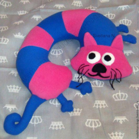Усатый полосатый  Подушка под шею Кот  подушка-игрушка