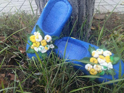 """Обувь ручной работы. Ярмарка Мастеров - ручная работа. Купить Валяные Шлепки """" Цветение"""". Handmade. Тапочки ручной работы"""