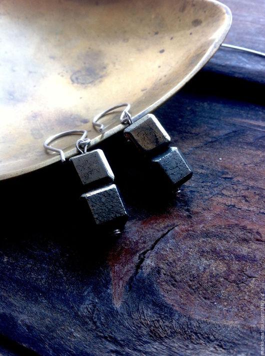 """Серьги ручной работы. Ярмарка Мастеров - ручная работа. Купить Серьги из серебра и пирита """"Черные Кубы"""". Handmade. Серьги с камнями"""