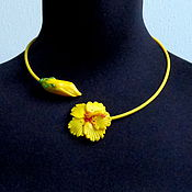 Украшения handmade. Livemaster - original item Necklace Hibiscus yellow lampwork. Handmade.